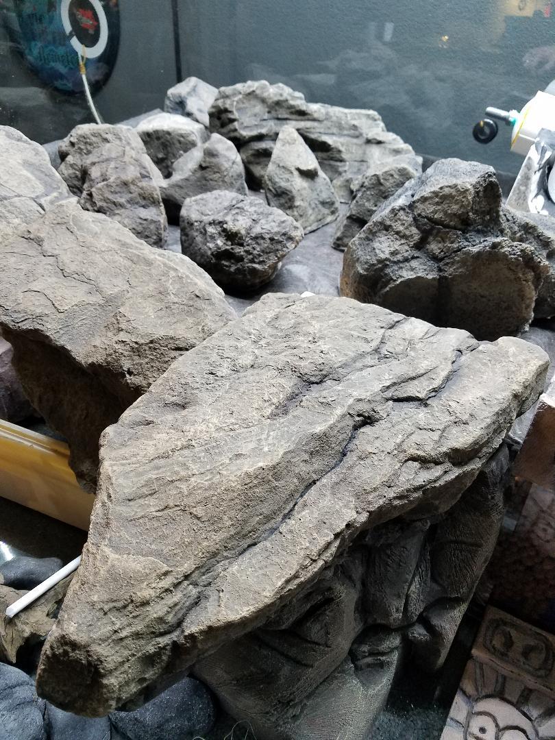Name:  TRE Faux rocks 1.jpg Views: 41 Size:  196.8 KB