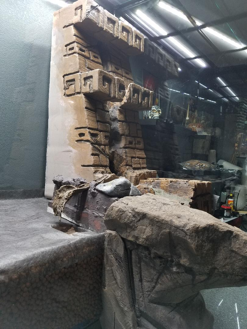 Name:  TRE Ruinintank02.jpg Views: 50 Size:  156.6 KB