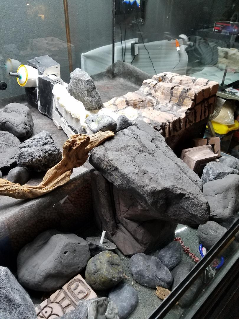 Name:  TRE Faux Rocks before paint 1.jpg Views: 41 Size:  176.3 KB