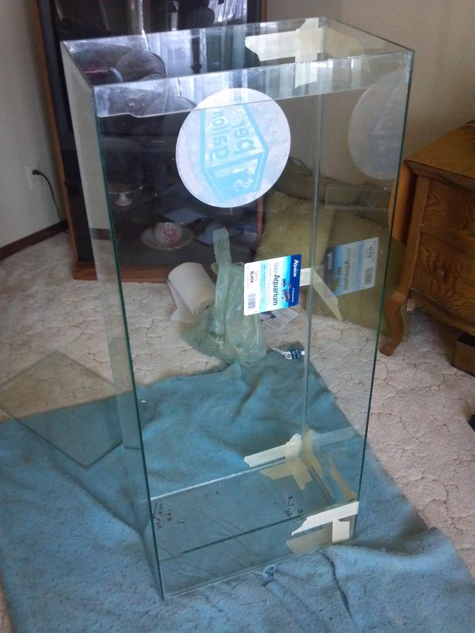 Name:  eric-and-stitch-albums-grand-father-clock-picture45250-bottom-front-side-installed-my-55-gallon-.jpg Views: 1414 Size:  72.2 KB